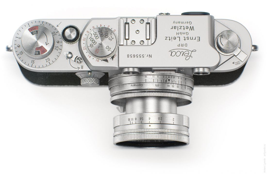 Фотоаппарат Leica IIIf вид сверху top-view render 3ds max vray